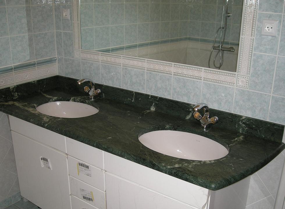 Salle de bain en marbre vert Guatemala Arthur Créations